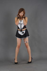Kira - Cosplay Maid (Zip)263gnb9xea.jpg